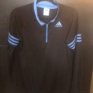 Adidas 1/4 zip pullover black. Youth size 18/20;